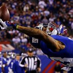 Look closely... Forget about one hand, Odell Beckham may have only needed 3 fingers to make that wild #SCtop10 catch. http://t.co/DTM8MqGyL3