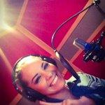 Después de trabajar estoy a punto de grabar rola de Navidad FELIZ y emocionada! Auchh! @marceladelagarz  @ChuyNunez http://t.co/fTDdUPN6OL