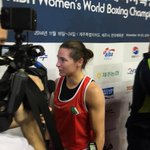 5 time World Champion @KatieTaylor http://t.co/kUJY8uCF56