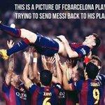 #Bolaneters Messi :  Top scorer La Liga ✓  Top scorer UCL ✓  Top scorer Clasico ✓  Top scorer Barca ✓  Alien! http://t.co/trxnCavffC