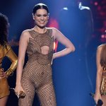 """.@JessieJ, @ArianaGrande, and @NickiMinaj totally SLAYED with """"Bang Bang"""" at the #AMAs! http://t.co/HJj9aG4z20 http://t.co/gNa56eYyog"""