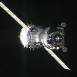 ESA astronaut Samantha Cristoforetti arrives at #ISS http://t.co/vk7SiuZ4gE? http://t.co/142bSSPSdT