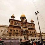 Today, Guru Teg Bahadur, sacrificed himself at Chandni Chowk, saving the Kashmiri  Pandits from Aurangzeb http://t.co/KcWzTcbEIJ