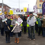 Heres the latest from NHS strikers at the Royal Stoke University Hospital picket line http://t.co/1NCojGaBVf http://t.co/LdMtHKvkPb