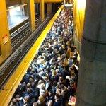 Comment dire.. Être en weekend me manque déjà! #métro #lyon @OnlyLyon @TCL_SYTRAL http://t.co/DE6kjqYT6s