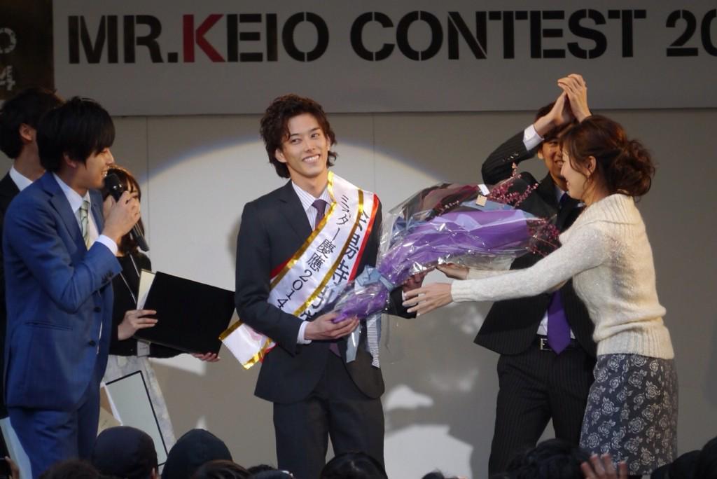 【ご報告】 ミスター慶應コンテスト2014、グランプリ・準グランプリが決定しました。  ◆グランプリ Entry No.3 岩辺駿  ◆準グランプリ Entry No.6 鳥屋駿介 http://t.co/wULts0EfVf