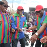 "The Mbumba ""Omake aafyoona nye"" starter pack. The reaction of the comrades after he said what he said. #Swapo http://t.co/PHJqIbEech"