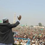 No bullet proof jacket, no bomb proof bunker. Thats my #Sirajulhaq. #WeAreWithHaq http://t.co/uJUL0GCy3N