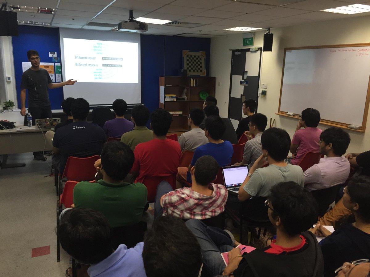 .@feross giving a talk about WebTorrent at @nushackers! http://t.co/7BoPMIfiM7