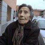 #Madrid | Ana Botella ofrecerá una vivienda social a la anciana desahuciada en Vallecas. http://t.co/0RgYvRDBMt http://t.co/hjgWJRL0mx