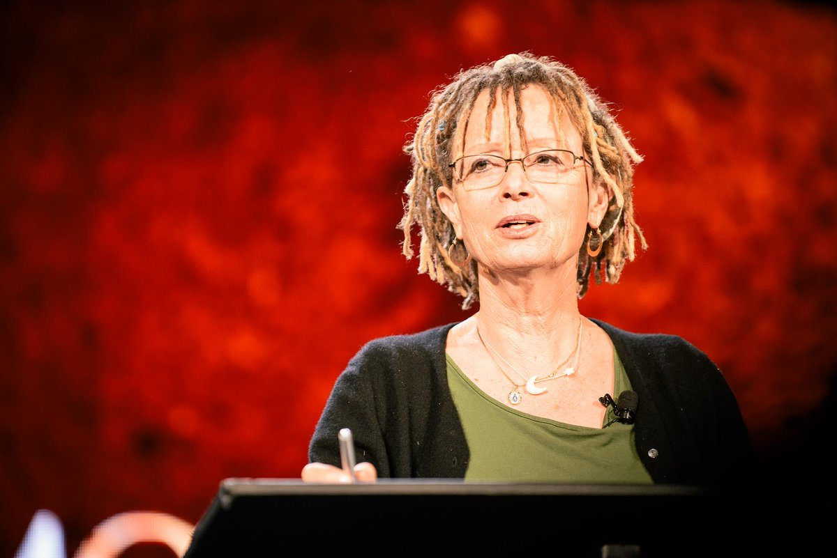 """Everything I've written started very, very badly."" -@annelamott http://t.co/N8Qf1IN2Of"