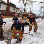 Buffalo residents prepare to evacuate as snowmelt threatens massive flooding http://t.co/tIMvRn4W3J http://t.co/B76C5Ygknb