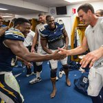 Im fascinated with this Philip Rivers - Marcus Gilchrist mid-handshake photo.  Apparently Antonio Gates is too. http://t.co/hIHogLTWPQ