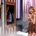 Swift went crazy & Selena cried: The 6 best moments of the #AMAs2014 http://t.co/VgEED5SV2P http://t.co/EhTmcLJAnR