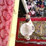 Salida del Cautivo en la procesión extraordinaria por sus #75años #Málaga @cautivotrinidad http://t.co/E86XfXIjhz