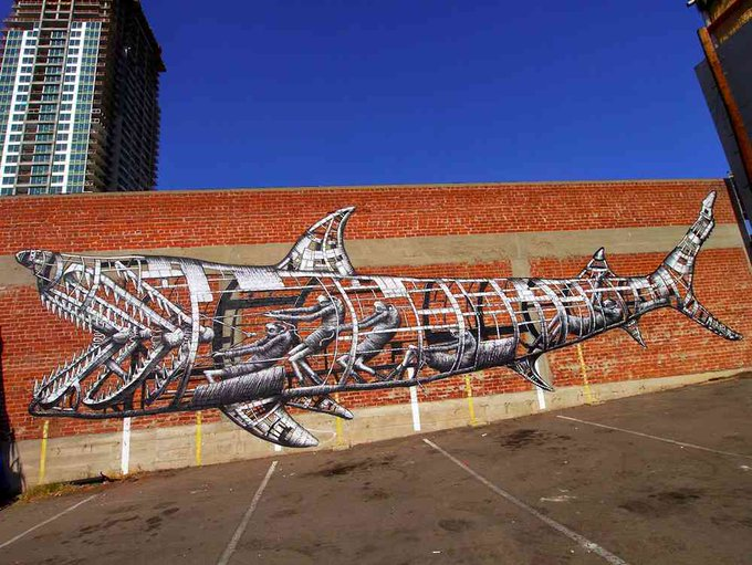 Phlegm just unveiled this mechanical shark #mural for PangeaSeed's Sea Walls: Murals for Oceans festival in San Diego http://t.co/MQjS6GUMi3
