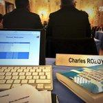 #CMDijon ça bosse dur dur ce soir ! #dijon #conseil #municipal http://t.co/uD8UNCm3A5
