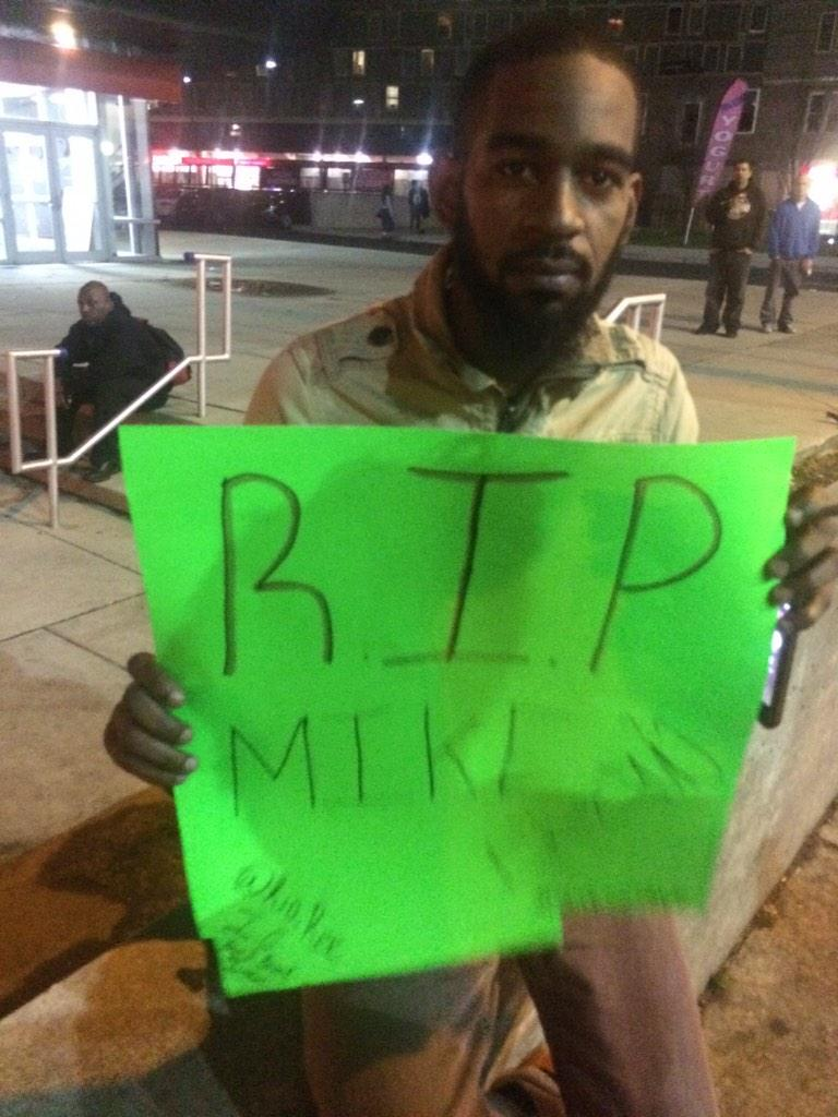 Cory Hill is lone protester along with 30 cops at Broad and Cecil B Moore awaiting #FergusonResponse #FergusonPHL http://t.co/1lGkCgENxj