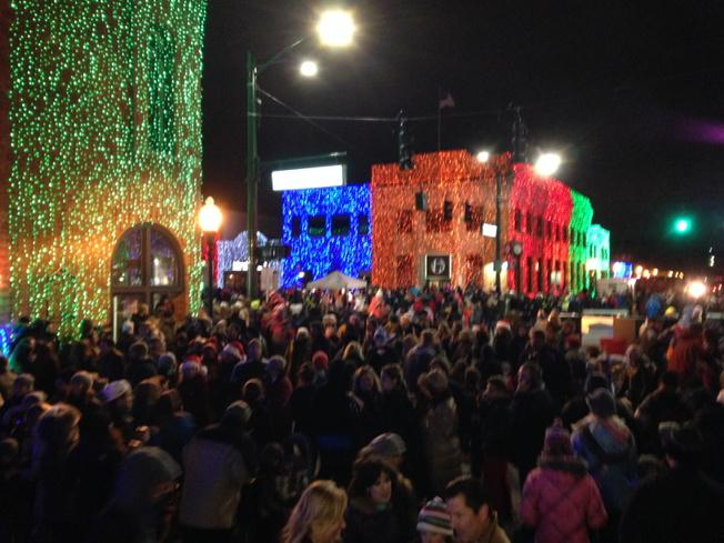 Light the Town! The Big Bright Light Show is on! @downtownRochester #backchannel http://t.co/Aq5vUV9lHs