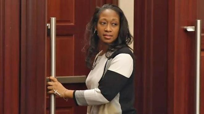 Meanwhile in Florida. #MarissaAlexander sent to prison for not killing anyone. #GeorgeZimmerman still on the loose http://t.co/9iRFIbJEbO