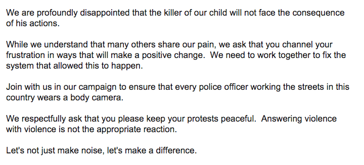 Michael Brown's family has released an official statement: http://t.co/0UyUlK6APt http://t.co/VBwbdjFXix