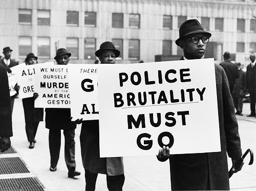 This is a Black Muslim protest in 1963! 1963!! 1963!!! It's 2014 and the issue still exists. #FergusonDecision http://t.co/RnaUipJHLO