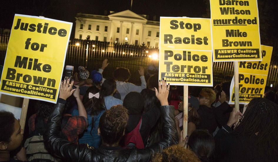 RT @Newsweek: Reaction to #Ferguson grand jury decision ? http://t.co/YWad82GyzT http://t.co/DVWEO7Xp74