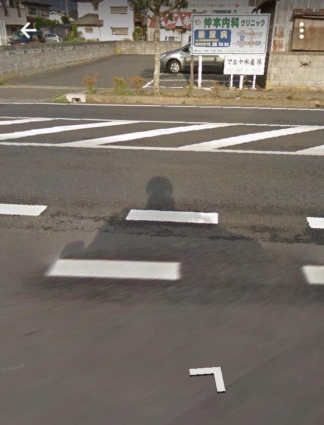 やっぱり何度見ても、グーグルマップで大洗駅から道に出る時の車の影が西住殿すぎる… http://t.co/N75Vo5CqSn
