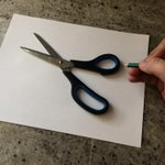 """""""Vous ne croirez jamais ce quil peut faire avec quelques crayons, cest hallucinant !"""" http://t.co/wCGTYy6dVI"""