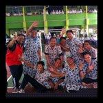 "Omg pak suhud ????RT @AboutCirebonID: #CirebonJepret Tim Futsal Daster Guru-guru SMAN 1 Cirebon pada HUT PGRI http://t.co/xUopAiLiSW"""