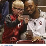 Freshman RB phenom, Samaje Perine and an adorable little guy. A small reminder of the good in this world :) http://t.co/x7FCxw2GaS