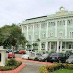 Hospital Luis Vernaza, 450 años cuidando la salud de los ecuatorianos: http://t.co/mXdD9TEI82 #450añosHLV #Guayaquil http://t.co/jsXxolFTHS