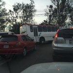 RT @beto_ornelas: camión lleno de personas pasándose el semáforo en rojo de Ind. mecánica y periférico Zapopan http://t.co/Za21mKUR7h