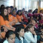 En sesión de concejo apoyamos campaña #PintatuMundodeNaranja en contra de la violencia a la mujer http://t.co/Z4P6TVeOF5