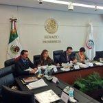 En @senadomexicano inicia la sesión de la Comisión de Justicia @SenArelyGomez http://t.co/NcKzcaLxwN
