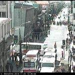 @UOCT_Temuco Carabineros desvía tránsito en Portales hacia Prat por paso de manifestantes #Temuco http://t.co/ELl9mIxlEH