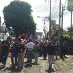 """Decenas de mujeres a un sólo alarido en Managua: """"no a la violencia, ni una asesinada más"""" http://t.co/gbgQutwW85"""