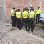 Policía encuentra cadáver de niño de tres años en alcantarilla en el sur de #Quito Vía @kleberaranda1 http://t.co/Adwg6jiDMU