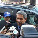 Mario Canessa a su arribo a la reunión de dirigentes para la creación de la Liga Profesional http://t.co/kU6ogKYEUF