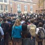 Conversation on #Ferguson at UNC doesnt seem to be stopping anytime soon. Massive student crowd gathered in the Pit http://t.co/dfS3joNJGe