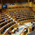#desahucios #hipotecas İpotek-konut sorunu konuşulurken #İspanya Senatosu. (temsili değil) v/@margaritazabala https://t.co/jcJKlSq7ud