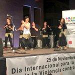 Fantástica actuación de Yimawua en #25NNoMásViolencia #Murcia http://t.co/uS0G9xWAzN