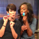 Whistle while you work! ❤️@TaRhondaThomas #9news http://t.co/AemWffl89t