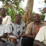 Kakamega County loses 10 people in Mandera massacre http://t.co/YPEyRIflbS http://t.co/qBdNq4lWb6