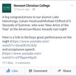 El colegio Norwest Christian College al que iban Calum Michael y Luke felicitó a los chicos por haber ganado un AMAs http://t.co/BQuYMVddiu