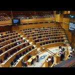 Imatge lamentable del Senat aquesta tarda en ple debat sobre hipoteques i desnonaments. #oletu Via @delvaljuan http://t.co/VIvfYVkxtF