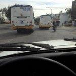 @Trafico_ZMG @MovilidadJal jugando carreritas y hechandose el camión encima http://t.co/1wFs9ZYYWZ