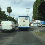Unidad S-0934 de la ruta 634 va por Americas pasándose altos y no da parada a los usuarios @MovilidadJal @Trafico_ZMG http://t.co/5k3euZncwA