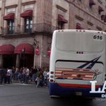 Normalistas bloquean la avenida Madero de Virrey de Mendoza a Galeana #Morelia http://t.co/E9kE985iKk http://t.co/NVd2llFtk6