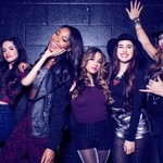 OMG #SledgeHammerMusicVideo is so good! Can @FifthHarmony please open for @ddlovato in NZ? #FifthHarmonyToNZ http://t.co/bHZ7BAEJuI